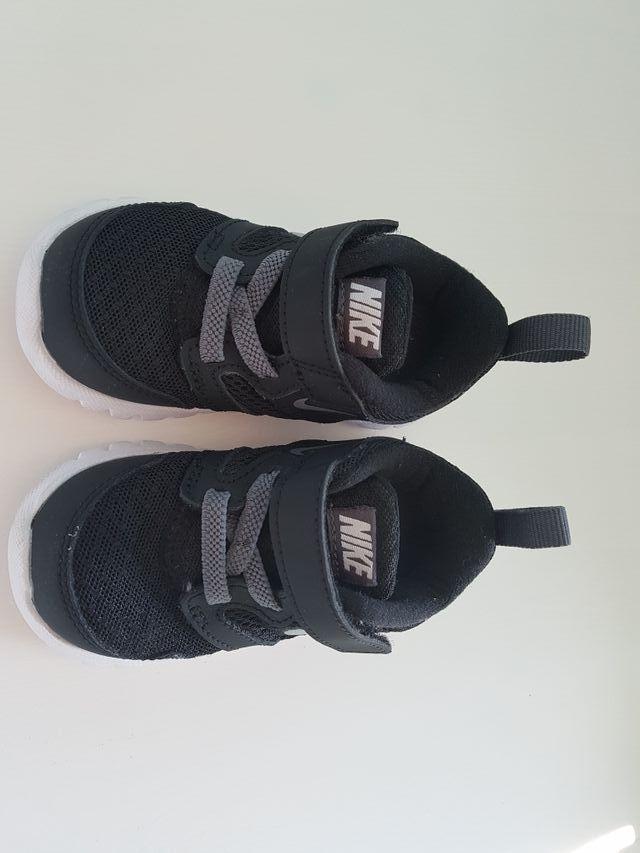 321395a36 Zapatillas niño Nike. Número 21 de segunda mano por 10 € en ...