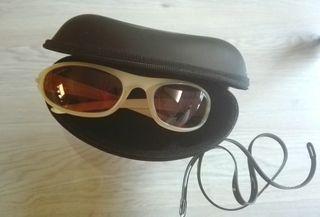 Gafas de sol deportivas. Marca Carrera. Originales