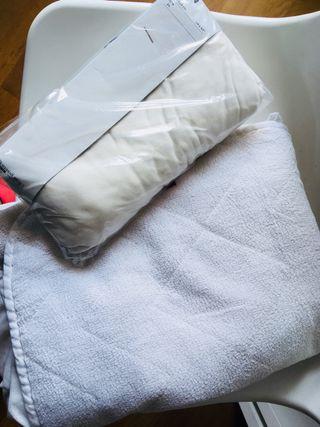 Protector de colchón y sábanas bajeras