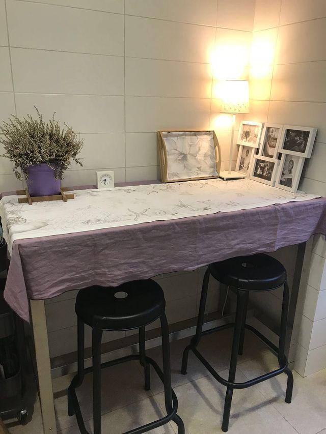 Mesa alta cocina y taburetes IKEA UTBY RASKOG de segunda mano por ...