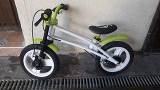 Bicicleta correpasillos sin pedales
