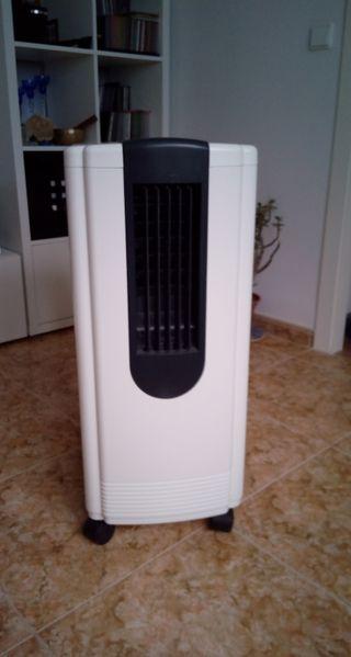 Aire Acondicionado portátil HAIER 2.200 fr (NUEVO)