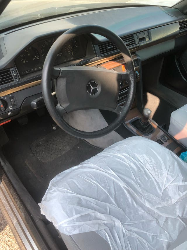 Mercedes-Benz Clase E 1987