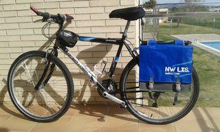 Bicicleta de cicloturismo