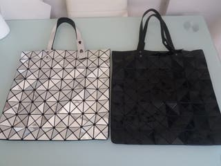 2 bolsos modernos