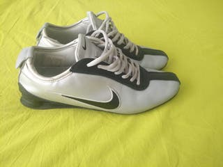 Nike shox rivalry talla dos muelles talla rivalry 43 cuero plata de segunda mano fb05c8
