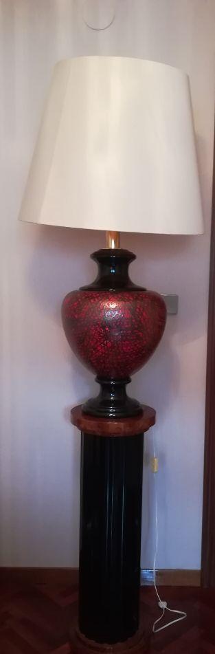 lámpara y pie de lámpara