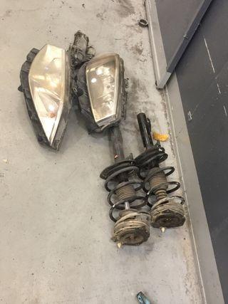 Amortiguadores y faros de Renault megane
