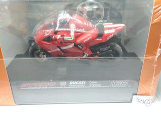 Bycmo Ducati Desmosedici Casey Stoner