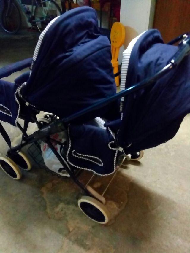 carritos de gemelos