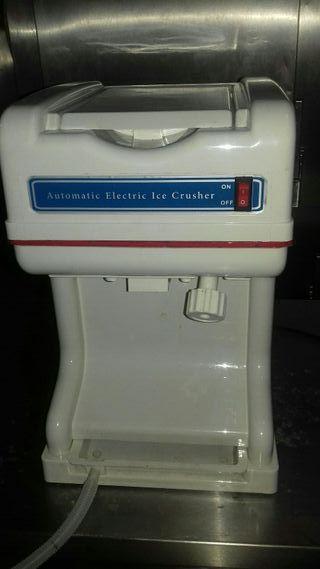 Picadora de hielo.