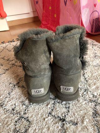 UGGS botas