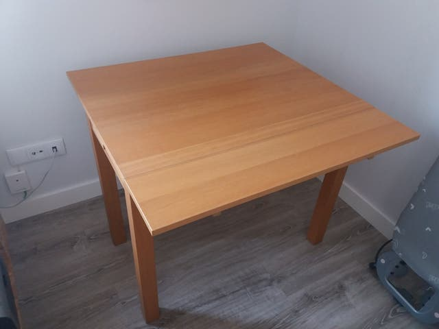 Mesa comedor Ikea madera de segunda mano por 19,99 € en Barcelona en ...