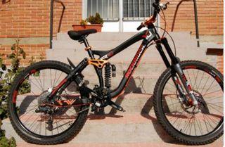 Bicicleta de descenso FR10