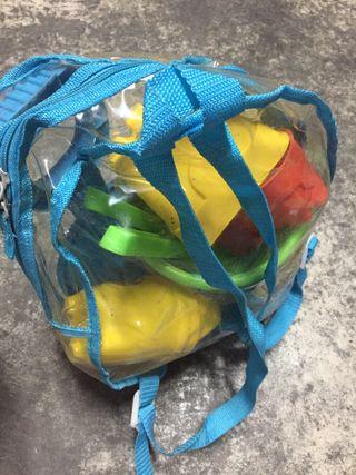 Mochila de juegos de playa se vende mochila nueva