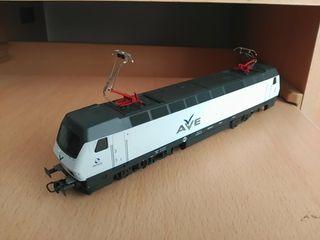 252 RENFE AVE escala H0