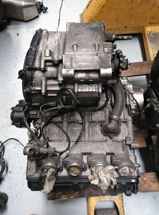 Motor Suzuki Gsxr 750 (2001)