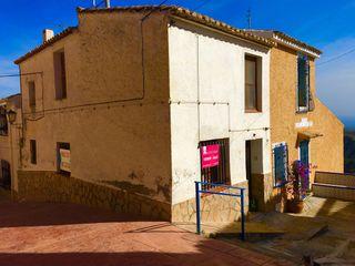 Casa en Agües, Alicante. Gran oportunidad.