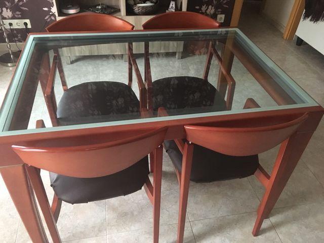 Conjunto mesa y sillas comedor de segunda mano por 100 € en ...