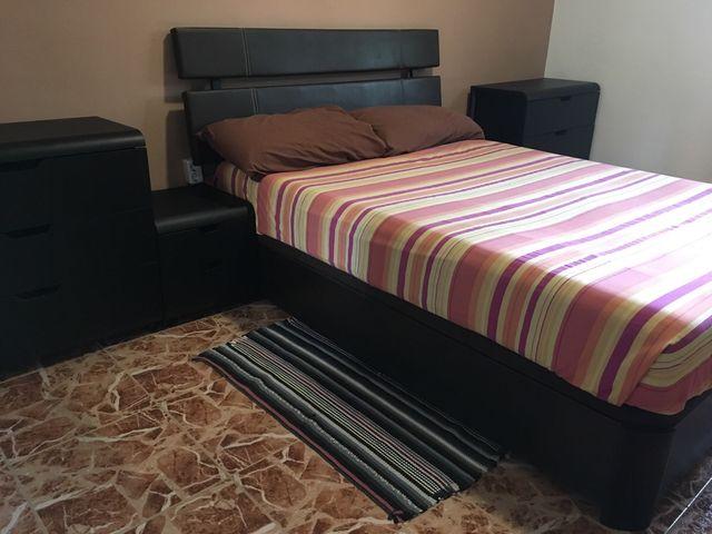 Muebles habitación matrimonio wengue