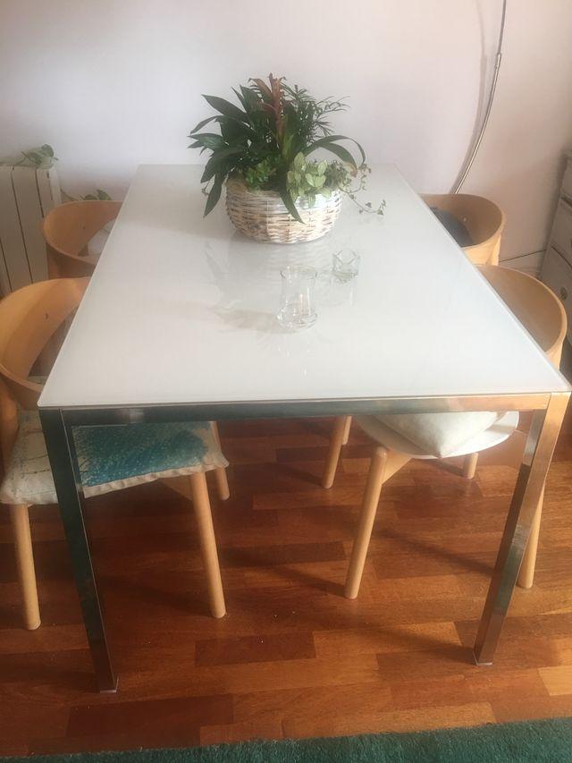 Mesa comedor diseño ikea de cristal de segunda mano por 70 € en ...