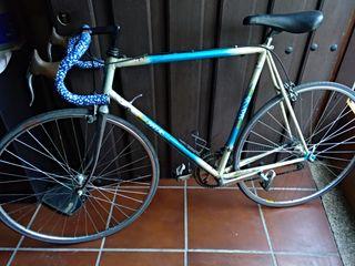 Bicicleta MM LASA de carretera vendo ó cambio