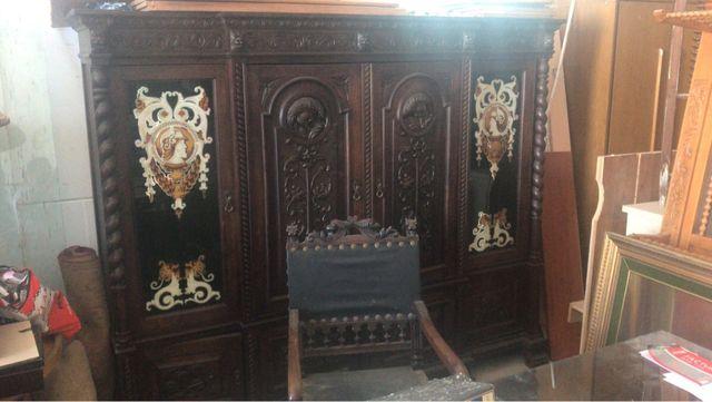 Antiguo despacho de madera