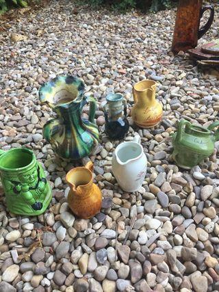 Lote de jarras de diferentes tamaños