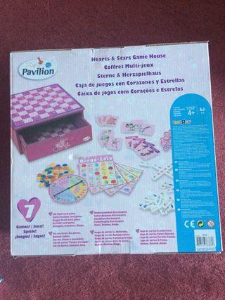 Caja de juegos de corazones y estrellas