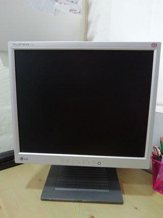 "Monitor de Ordenador LG 17"""