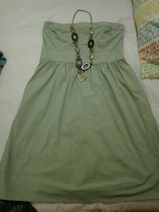 Vestido Zara talla M impecable.