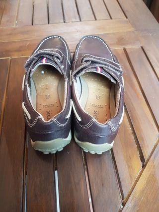 c0bdba0bf7d Nike Mano Náuticos Geox De T5qdxg 10 Segunda Zapatos Por Piel Niño 5Sq1wqdx