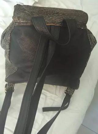 mochila de cuero besha