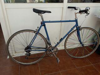 Bicicleta de carreras vintage BH