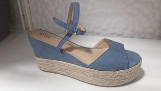sandalia de plataforma
