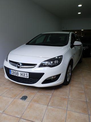 Opel Astra 2014. 39.000km . OPORTUNIDAD
