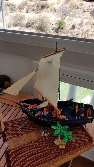 Playmobil Barco Pirata y accesorios