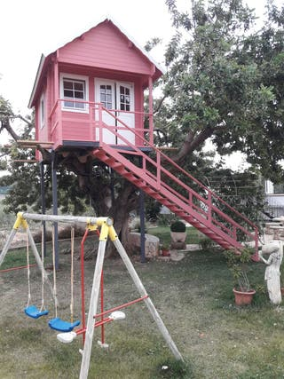 Casa prefabricada con altillo, casa de madera