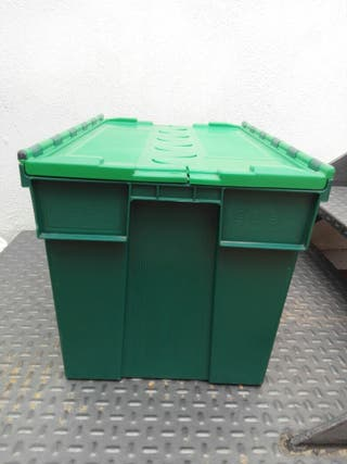 Cajas para almacenaje y/o transporte