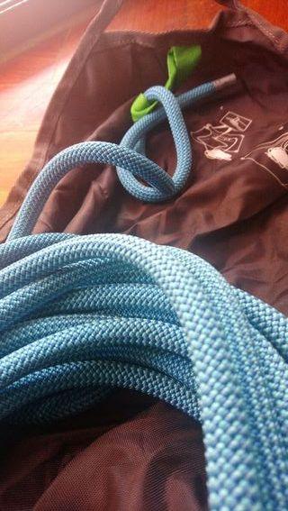 Cuerda dinámica Petzl Contact 9,8 60m + Bolsa