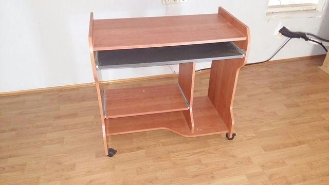 Mesa ordenador con ruedas de segunda mano por 45 en for Mesa de ordenador con ruedas