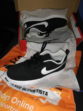 Nike n°42, deportivas