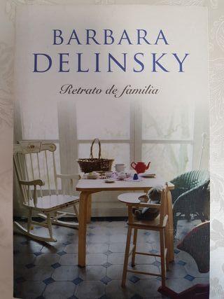 Libro lectura. Retrato de familia