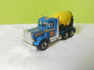 camión hormigonera Matchbox