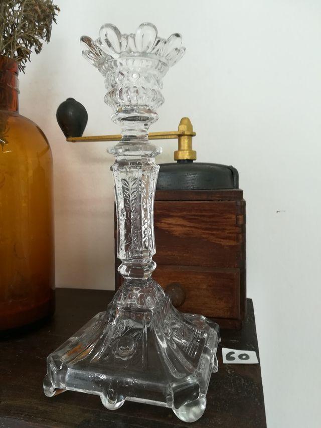 Candeladro de cristal francés