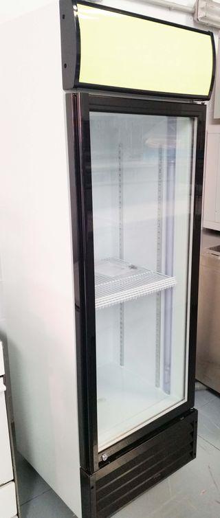 Armario 1 puerta de cristal