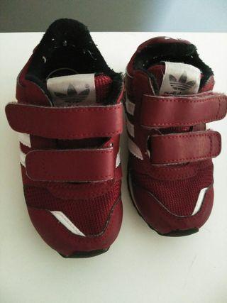 Zapatillas Segunda Bebe Talla El € 5 De Adidas En Por Mano Burgo 21 4L3jRAq5