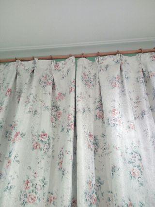 Cortina +barra de cortina de madera