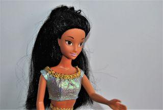 Jasmine muñeca Disney