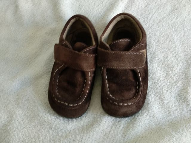 Zapatos See Kai Run 25